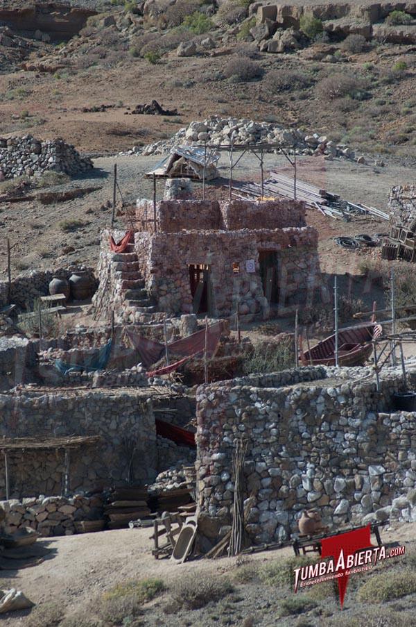 Pueblo en Abades. Ira de Titanes