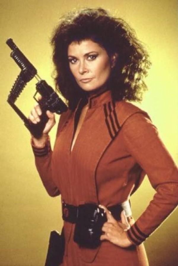 Jane Badler como Diana en V