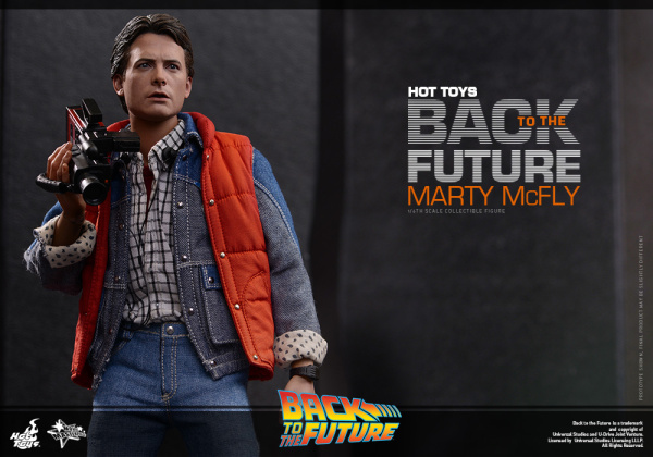 Hot Toys - Back to the Future - Marty McFly Collectible