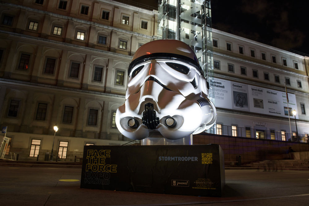 Face the Force. Madrid cascos Star Wars