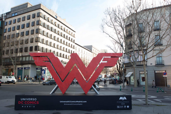 tumbaabierta_batman_v_superman_madrid_3