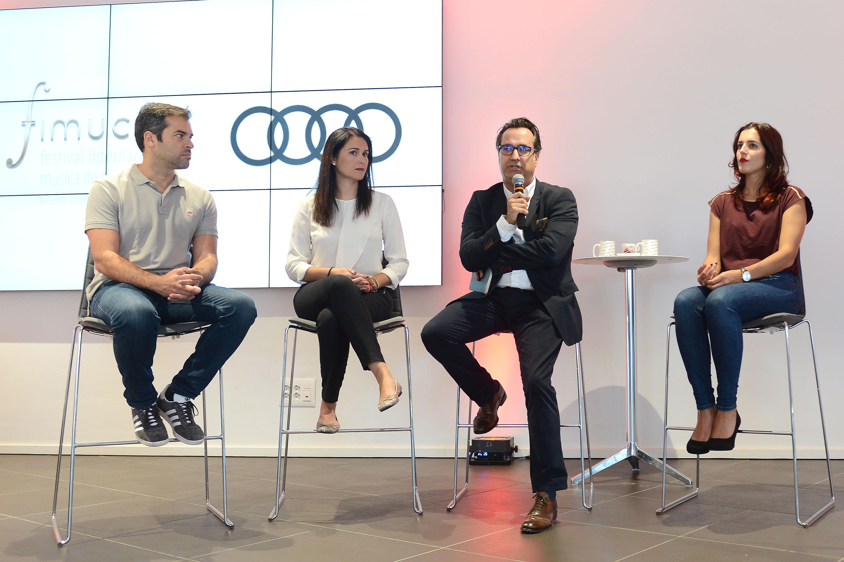 Pedro Felipe Hernández, realizador de la webserie, Carolina Mesa, de Audi Canarias, el director de FIMUCITÉ Diego Navarro, y Raquel Rial, protagonista.
