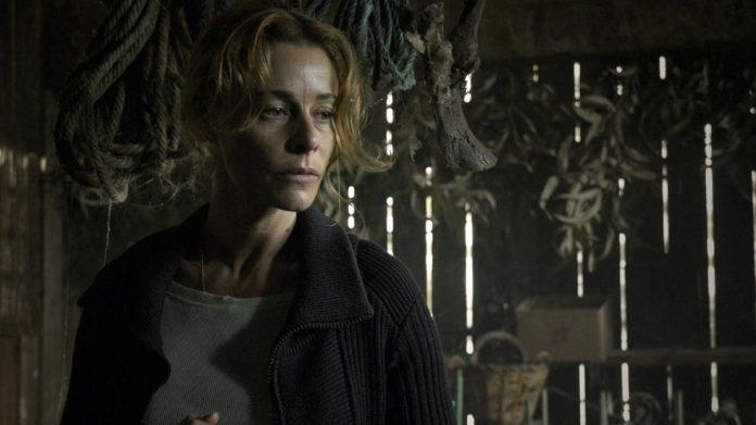 Belén Rueda en la película de terror 'El Orfanato'.