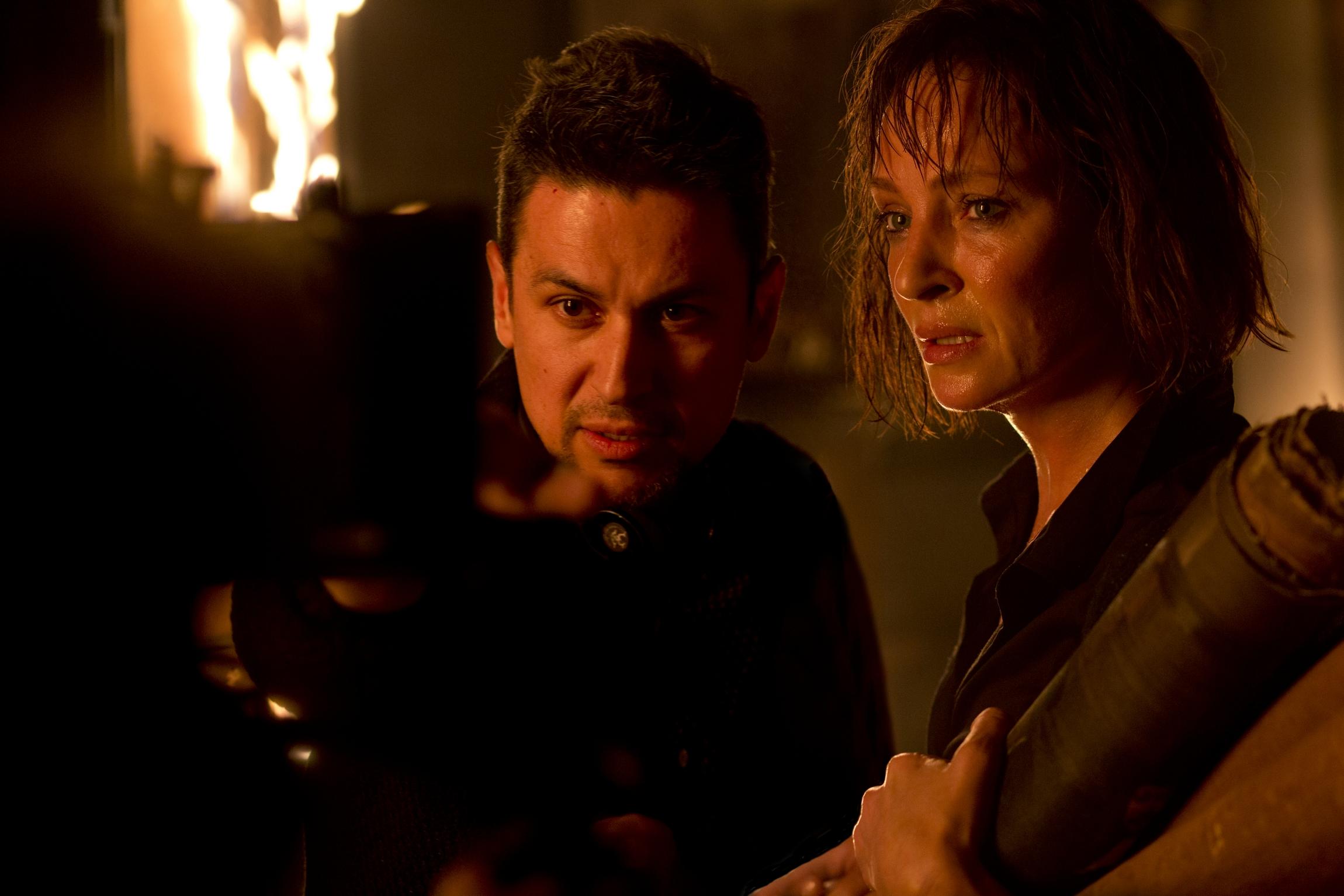 BLACKWOOD. Rodrigo Cortés y Uma Thurman en el rodaje. Foto cortesía de Nostromo Pictures