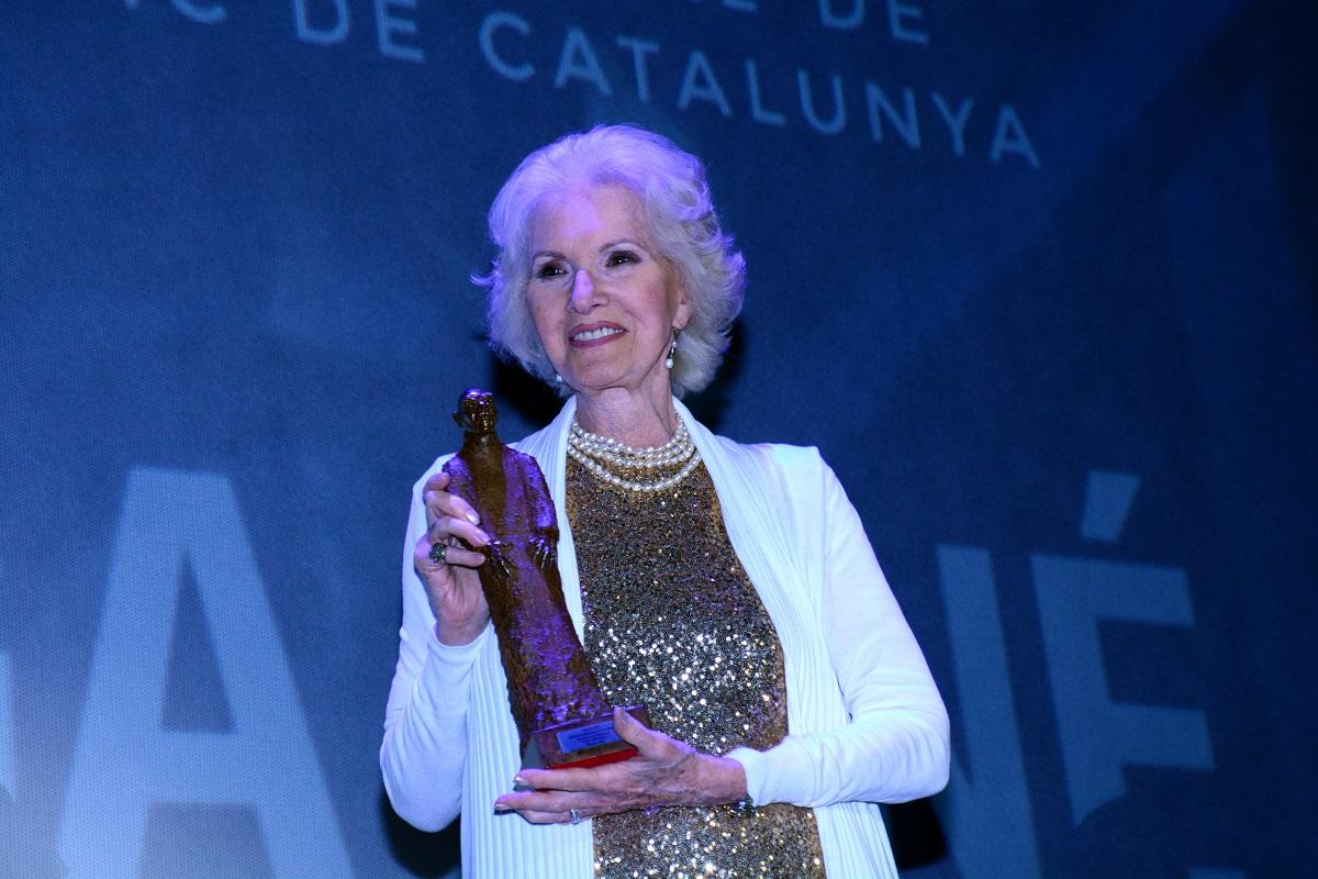 Helga Liné recoge su Premio Nosferatu en Sitges.
