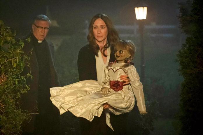 Primera imagen de 'Annabelle vuelve a casa', con Vera Farmiga como Lorraine Warren.
