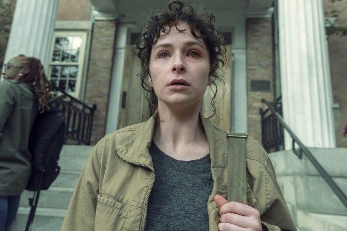 Ashleigh Cummings es Vic McQueen en 'NOS4A2'. AMC