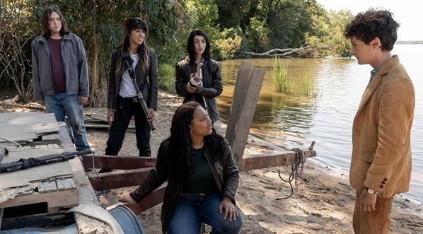 Fotograma de la serie 'The Walking Dead: World Beyond'.