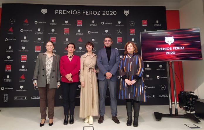 La presidenta de la Asociación de Informadores Cinematográficos de España, María Guerra y la actriz Greta Fernández anunciaron las nominaciones de los Premios Feroz 2020 en la sede de la Consejería de Cultura y Turismo de la Comunidad de Madrid.