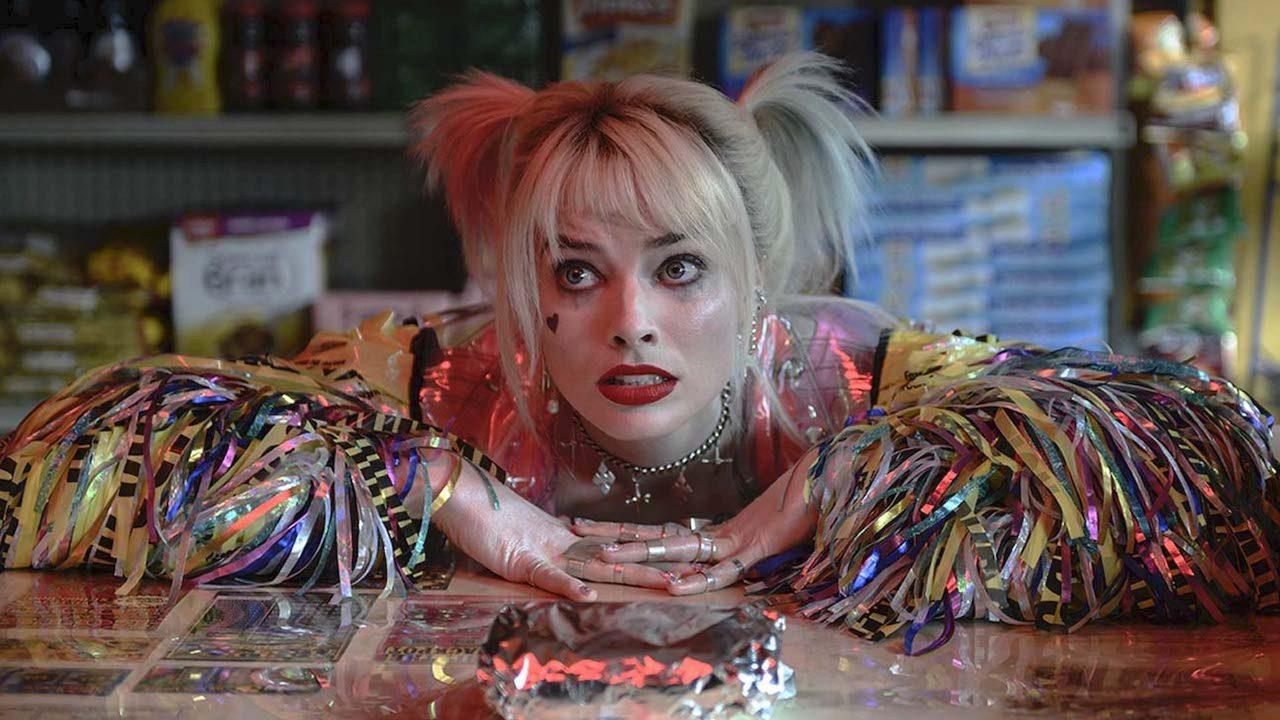 En Aves de presa, Margot Robbie regresa al personaje de Harley Quinn.