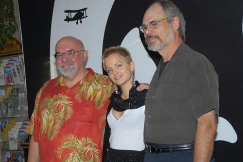 Stuart Gordon y Mena Suvari en el Festival de Sitges 2007.