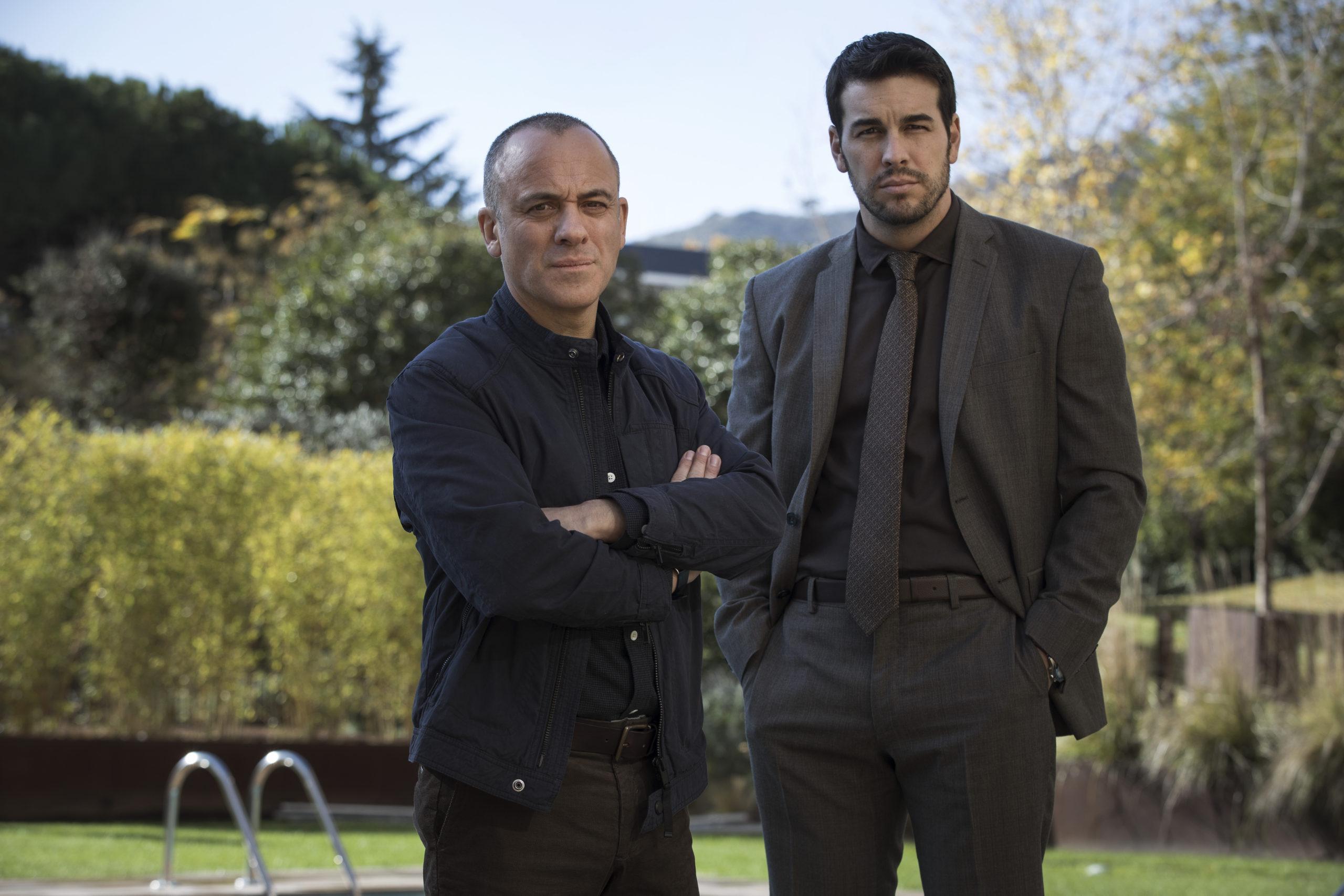 Javier Gutiérrez y Mario Casas, protagonistas de 'Hogar'.