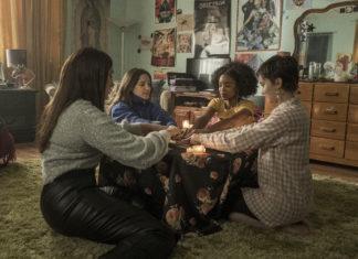 'Jóvenes y Brujas' cuenta en la dirección con Zoe Lister-Jones, quien también ha escrito y producido la película.
