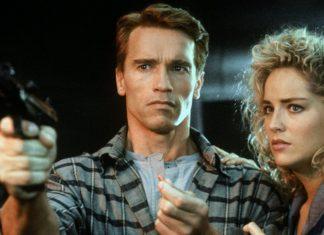 Arnold Schwarzenegger y Sharon Stone, marido y mujer en 'Desafío total'.