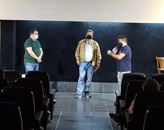 Presentación de El increíble hombre menguante, con la participación de Manuel Díaz Noda, Fernando de Iturrate y Ramón González Trujillo.